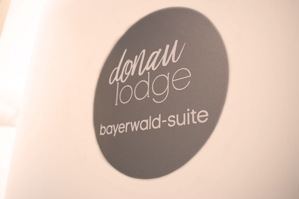 donau_lodge_suite_4_tuer_1_web.jpg